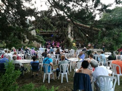 Concert de Las Taradas a Can Clos.